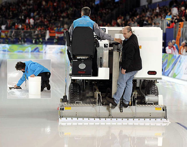Problems with ice-resurfacing machines caused a delay of about an hour during the men's 500 meters.