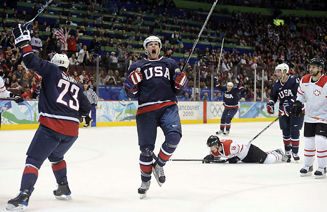 Bobby Ryan (center), best known for being the player chosen No. 2 behind Sidney Crosby in the 2005 NHL draft, gave the U.S. a 1-0 lead late in the first period.