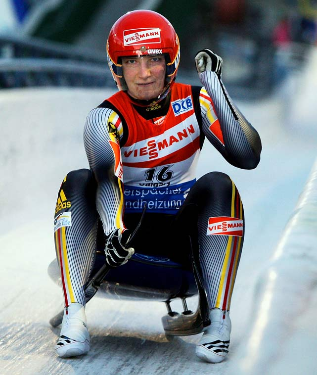 The gold medal favorite, 2006 bronze medalist Hüfner had pair of landmark seasons on the World Cup circuit with back-to-back singles world championship titles in 2007 and '08 and winning more than 75% of her World Cup races from 2007-2009.