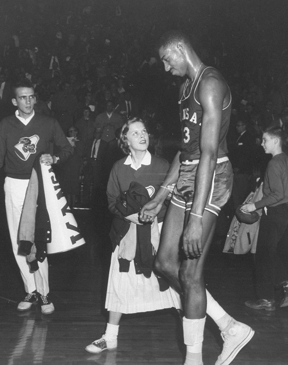During his junior year at Kansas, Chamberlain grew frustrated as opponents often triple- or quadruple-teamed him. Though he averaged 30.1 points that season and was again named an All-American, the Jayhawks lost to North Carolina in the national championship game.