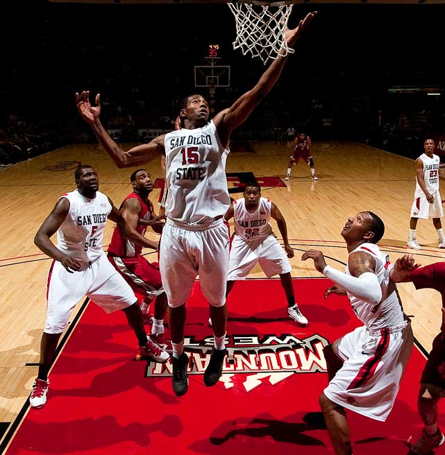 "The Aztecs really made their mark during Championship Week, taking down New Mexico and UNLV on their way to the Mountain West tournament title. San Diego State's star pupil is freshman forward Kawhi Leonard (15), but the Aztecs are well-balanced offensively with seven players averaging between 6.3 and 12.8 points per game. Tennessee has struggled with consistency this season, but the Vols better bring their ""A"" game against S.D. State."
