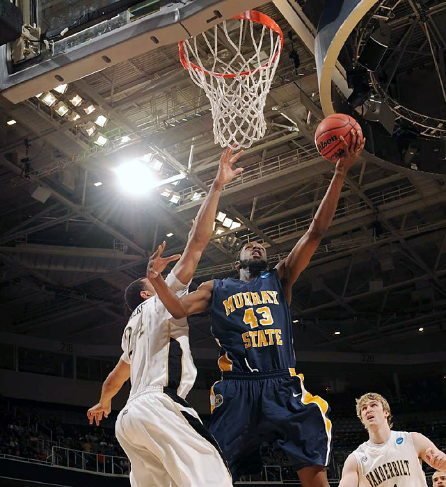 Center Tony Easley got good position inside against the Vanderbilt interior to help Murray State, which collected its first NCAA tourney win since 1988 and improved to 31-4.