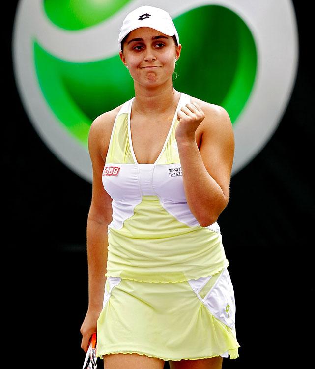 def. Bethanie Mattek-Sands, 7-6(6), 2-6, 7-5 WTA International, Carpet, $220,000 Quebec City, Canada