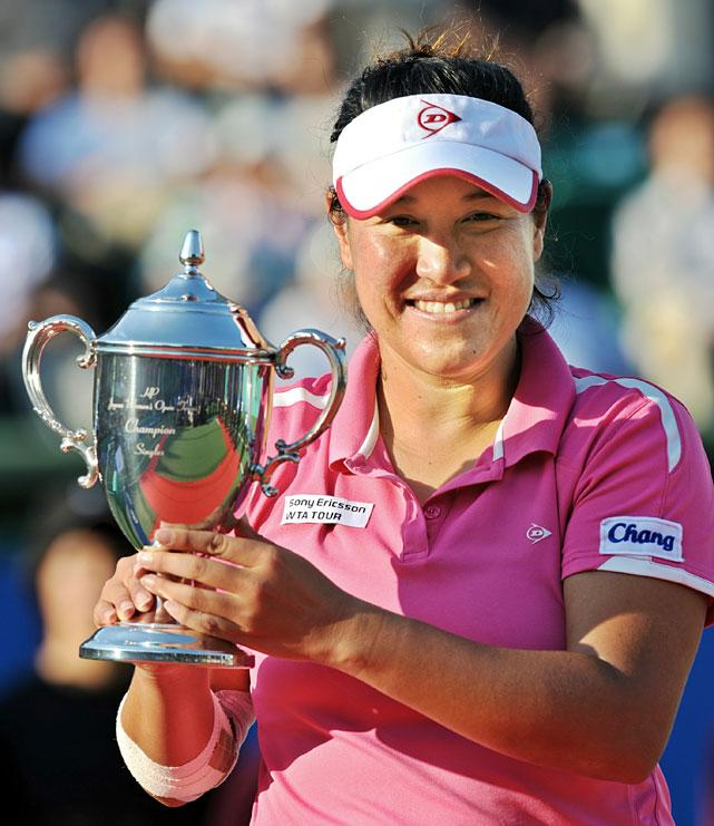 def. Kimiko Date Krumm, 7-5, 6-7(4), 6-1 WTA International, Hard, $220,000 Osaka, Japan