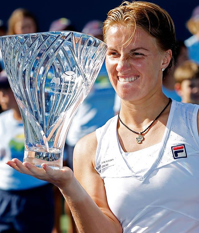 def. Agnieszka Radwanska, 6-4, 6-7(7), 6-3 WTA International, Hard, $700,000 San Diego, Calif.