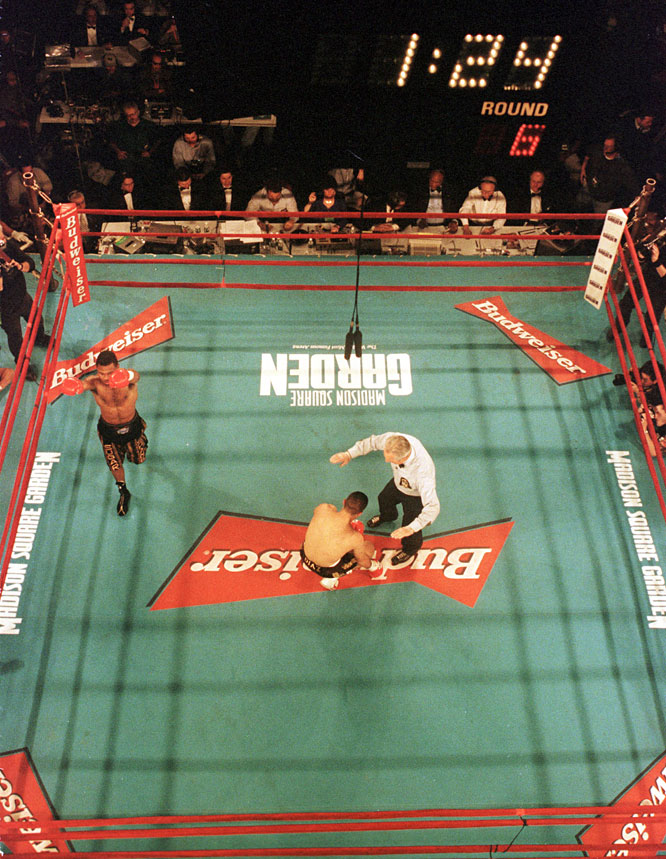 Mercante was the referee for Mosley's first welterweight title defense after winning the belt from Oscar De La Hoya.