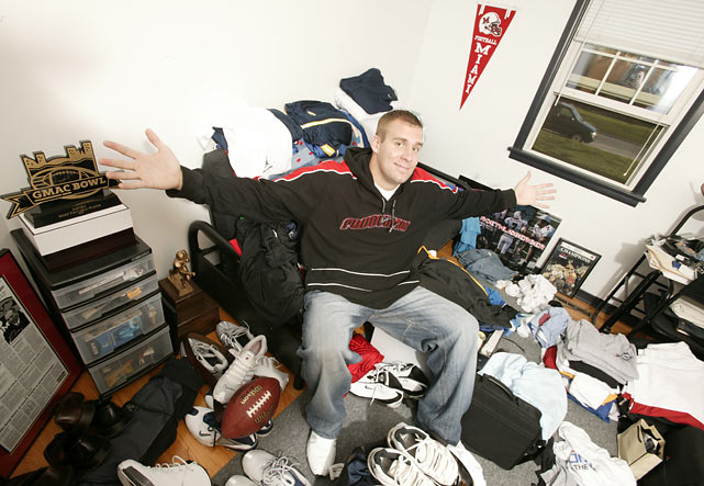 Roethlisberger shows off his living accommodations at Miami (Ohio). The quarterback set numerous school records including most career passing yards (10, 829), most career passing touchdowns (84), most total career yards (11,075) and highest completion percentage (65.5).