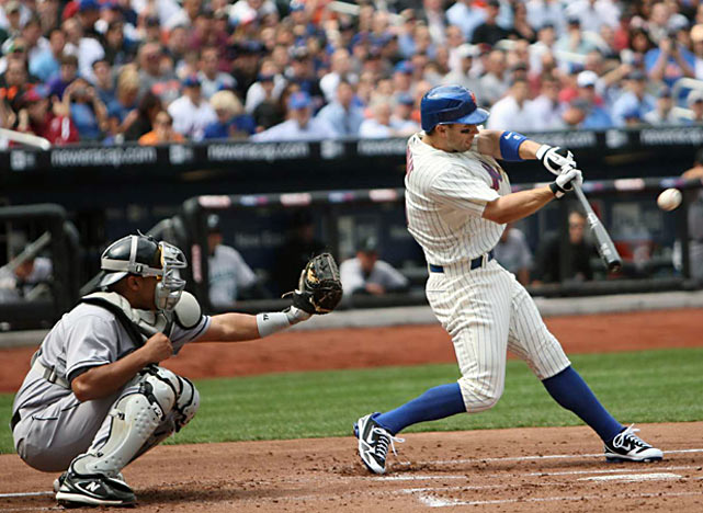 Mets third baseman David Wright homers in his first at-bat against the Marlins.