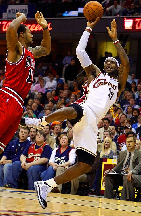 With the first round of the playoffs wrapped up, here's a look of some of the series' top performances:  In Game 2 against Chicago, LeBron James responded to some choice comments from Bulls center Joakim Noah about the city of Cleveland with a masterpiece performance that ended with an exclamation point of a fourth quarter. James led the Cavs in points (40), rebounds (8), assists (8), steals (1) and blocks (2). He scored 11 straight points over a three-minute stretch in the fourth quarter, propelling Cleveland to a double-digit win and a 2-0 series lead. James and his Cavs now have a date with the Celtics in the Eastern Conference semifinals.