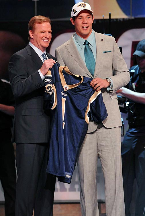 Commissioner Roger Goodell with first overall pick Sam Bradford.