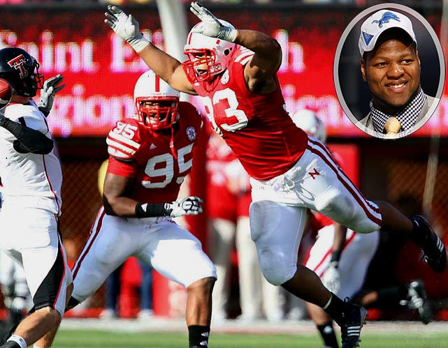 Round  	Pick  	Player  	Position  	School  1 	2 (2) 	Ndamukong Suh (pictured) 	DT 	Nebraska 1 	30 (30) 	Jahvid Best 	RB 	California 3 	2 (66) 	Amari Spievey 	CB 	Iowa 4 	30 (128) 	Jason Fox 	T 	Miami-Fla. 7 	6 (213) 	Willie Young 	DE 	North Carolina State 7 	48 (255)  	Tim Toone 	WR 	Weber State
