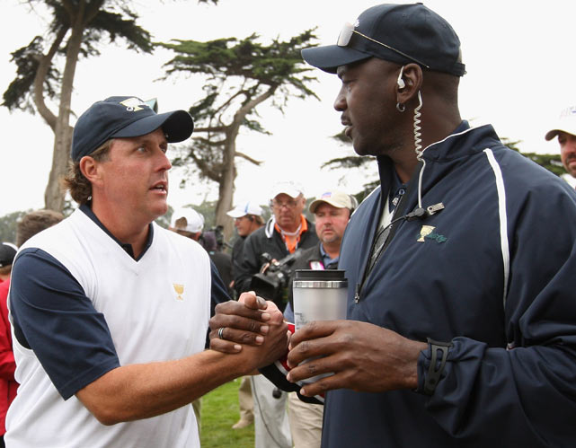 Mickelson chats with Michael Jordan during the Presidents Cup in San Francisco.