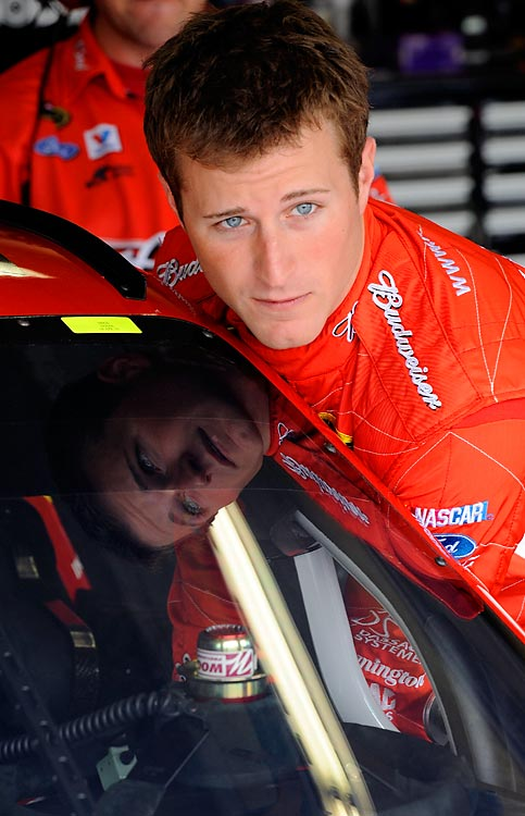 "<b><i>""By now everyones heard the news. Really excited to have the opportunity to drive for HMS. Now I need to finish strong with the 9 guys!""(4:15 pm, april 14)</b></i> <br><br>Kasey Kahne after signing with Hendrick Motorsports."