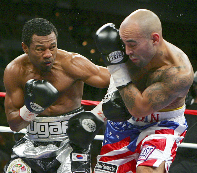 Mosley secured the WBA's interim welterweight title with a unanimous-decision victory over the cagey Collazo.