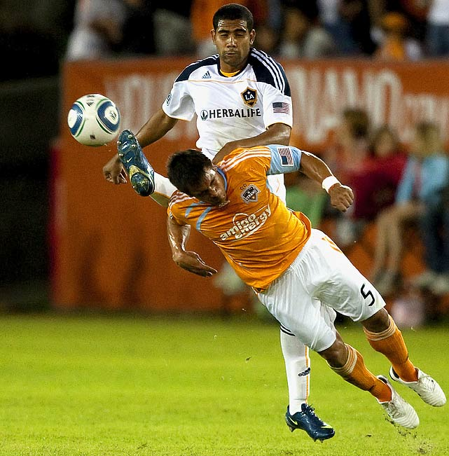 Franklin (top), a former rookie of the year, had an impressive game going forward against the Dynamo.
