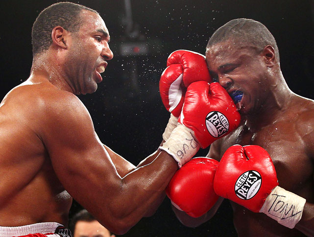 Kelvin Price, left, hits Tor Hamer during their heavyweight fight on May 15 at Madison Square Garden in New York City. Price defeated Hamer via split decision.