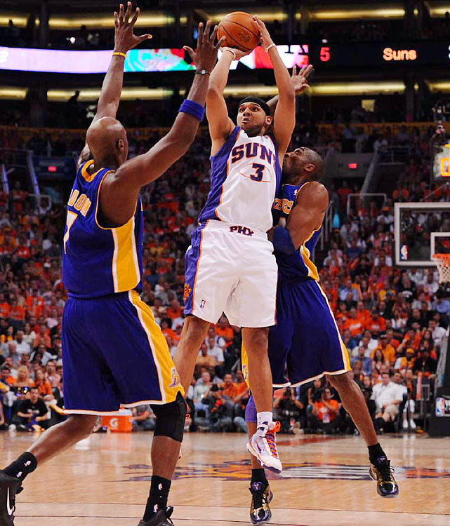 Phoenix's backups, like Jared Dudley (11 points), stole the show, making 20-32 shots, including 9-of-20 from three-point range.