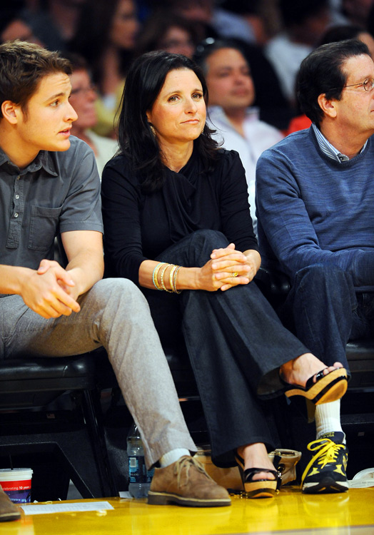 "Julia Louis-Dreyfus, perhaps better known as ""Elaine"" on the sitcom  Seinfeld , apparently has an affinity for Lakers games."
