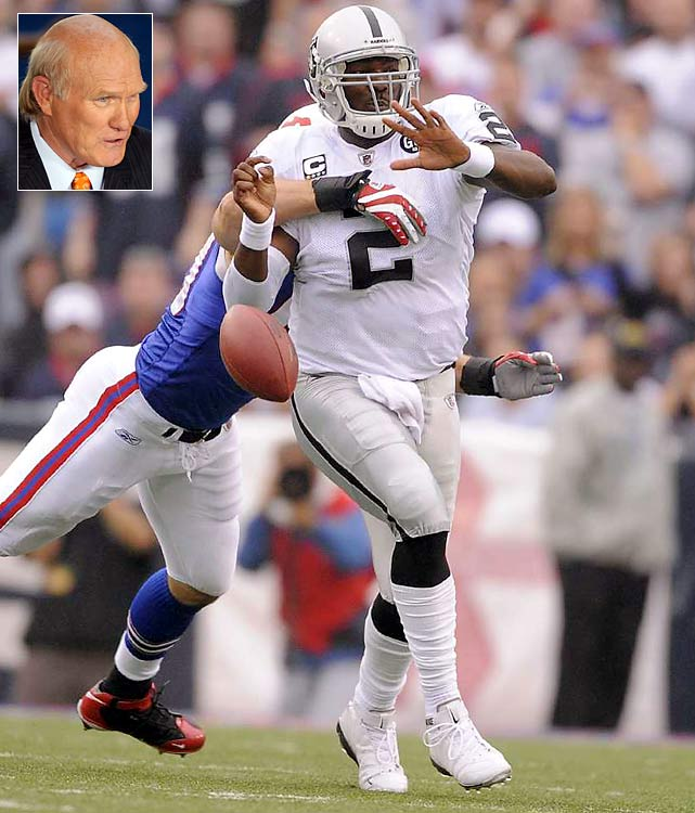 """JaMarcus Russell, my man. The Raiders finally get their big arm. And he's a good kid, strong kid, smart kid. He'll be a big-time player. If I'm the Raiders, that's who I pick. That's pretty easy.""  -- FOX's Terry Bradshaw"
