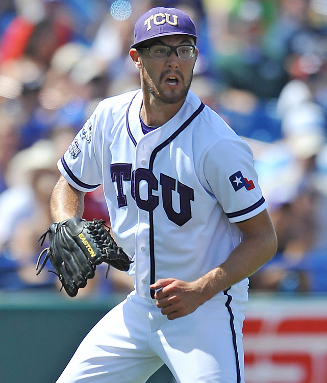 TCU's Matt Curry is picked off by UCLA first baseman Justin Uribe. The Bruins moved to 2-0 and took control of the CWS bracket behind Gerrit Cole's 13-strikeout effort.