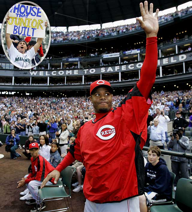 Seven and a half years after a trade to Cincinnati ended an era in Seattle, Griffey returned to the Safeco Field he helped build by becoming the face of the Mariners in the '90s. There was a video montage played before the game of the best moments in his Seattle career, ending with his trademark smile after scoring the winning run of the 1995 ALDS against the Yankees. As he stepped up to bat, the fans stood and cheered for nearly three minutes.