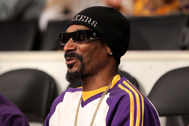 Rapper Snoop Dogg, an avid Lakers fans, sat courtside as Kobe went to work.