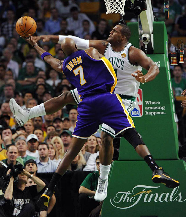 "In 24 minutes off the bench, Glen ""Big Baby"" Davis tried to give the C's a spark, scoring 12 points and pestering the Lakers' front line, including Lamar Odom."