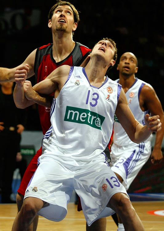 CB Granada, 1989 International Power Forward 6-8, 210 pounds, 21 years old  Tough, aggressive power forward who can space the floor and brings plenty of international experience to the table.