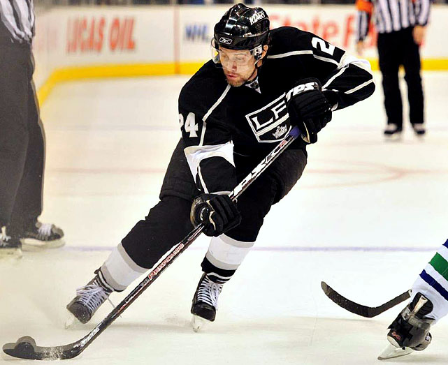 Has great size (6-2, 204), but has been dogged by inconsistency during his seven years in Los Angeles. Has topped 30 goals twice, but is sometimes cited for lack of intensity.   2009-10 stats (Los Angeles):   81 GP  19 G  32 A  51 Pts