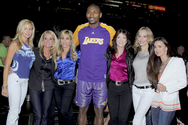 "Artest meets with ""Real Housewives of Beverly Hills"" cast before a Lakers game."