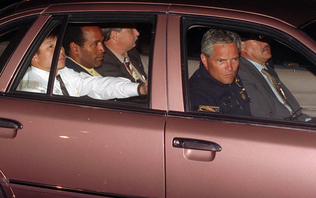 At about 9 p.m., Simpson surrendered to authorities and was driven to the LAPD office.