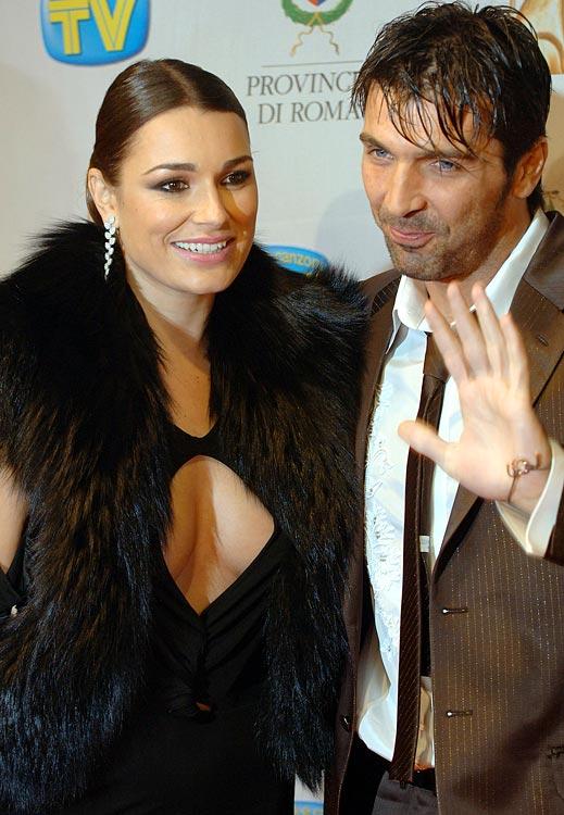 Gianluigi Buffon (Juventus) and girlfriend, model Alena Seredova, attend the Italian TV Awards ''Telegatti'' at the Auditorium Conciliazione on January 25, 2007 in Rome.