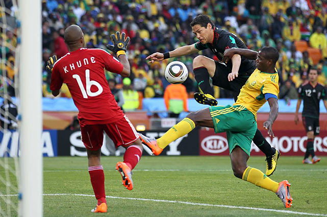 The forward Franco kept South African goaltender Itumeleng Khune on his toes all day, constantly pushing the Mexican attack, taking three shots.
