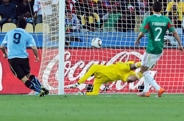 Dangerous striker Luis Suarez gave Uruguay a 1-0 lead in the 43rd minute, heading in a cross from Edinson Cavani.
