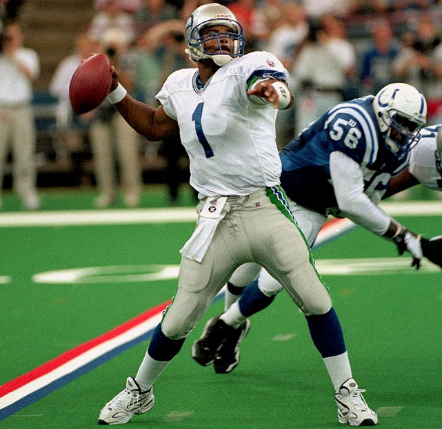 Warren Moon played until age 44, the end of an incredible 23-year pro career that included six seasons dominating the CFL and 17 putting up gaudy numbers in the NFL. His last effective season came with the Seahawks in 1997. Moon passed for 3,678 yards and 25 touchdowns in 14 games, earning his ninth and final Pro Bowl nod at the age of 41. He's the oldest non-kicking specialist in history to reach the Pro Bowl.