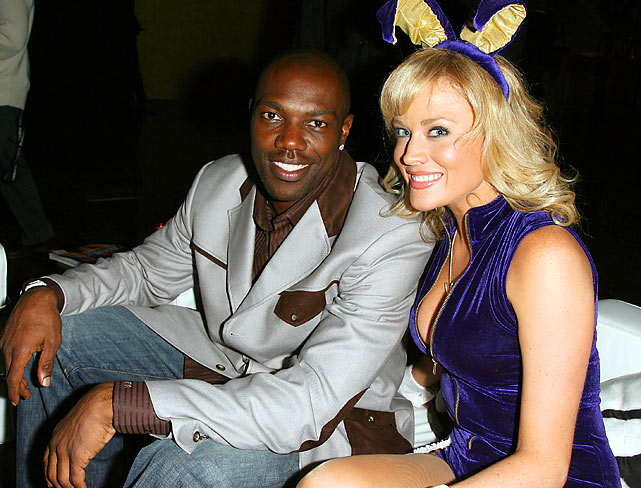 In February 2008, Owens posed with Playboy Playmate Shallan Meiers in New Orleans.
