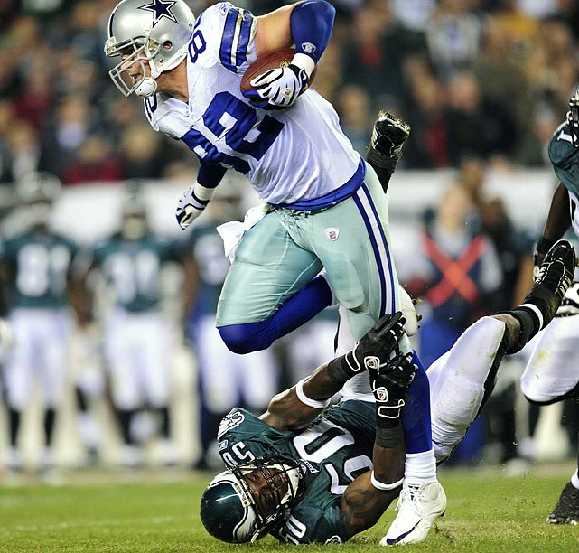 Like Davis, he can block and split the seam and run with the best of them. Witten's TD numbers were down in '09, but he remains Tony Romo's favorite target. Still, you have to believe Romo will look more to super-freakish athlete Martellus Bennett more often.