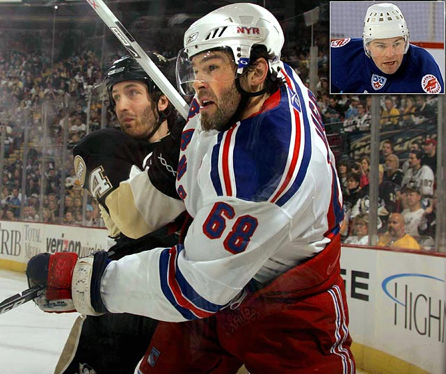 After 17 years in the NHL, Jagr -- then 36 -- departed the N.Y. Rangers in 2008 for Avangard Omsk, which offered a two-year deal worth $25 million. In two seasons, he's scored a total of 47 goals and 95 points in 106 games while helping his team reach the playoffs each time. Last January, Jagr was caught up in a wild brawl-filled game vs. Vityaz Chekhov in which so many players were ejected that there weren't enough left to continue. In May, Jagr signed a one-year, $7 million extension rather than return to the NHL.