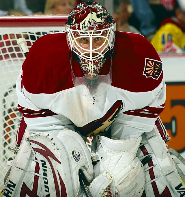The 2009-10 Vezina Trophy finalist had a huge season for Phoenix (42-20-8 with 8 shutouts, 2.29 GAA and .920 save percentage) and, with anything close to a repeat, could be the most coveted netminder on the market.