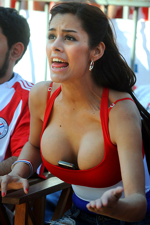 fans World hot girls cup