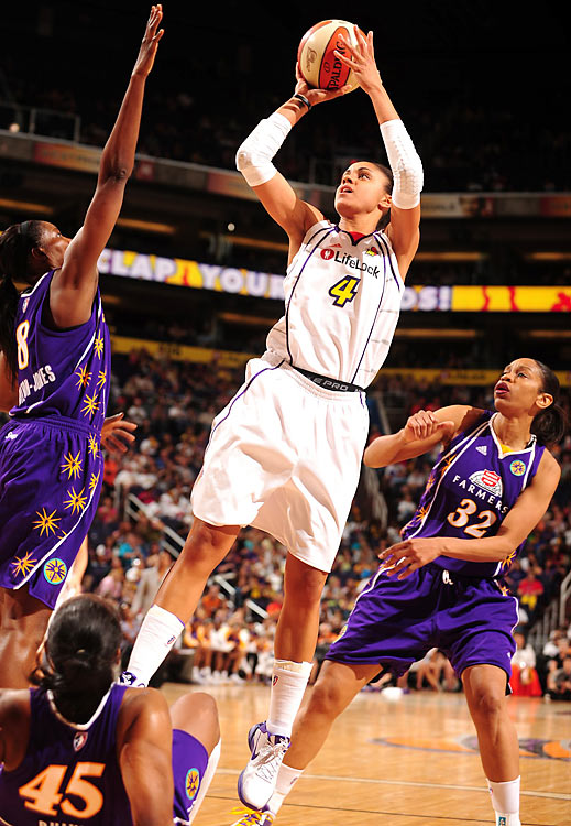 The first pick in Chicago Sky franchise history four years ago, Candice Dupree requested a trade in the offseason. In Phoenix, as Dupree goes, so go the Mercury. In the eight games Phoenix has won, Dupree has averaged 18.3 points and 8.9 rebounds. But in 12 losing contests, her numbers have slipped to 13.8 points and 7.6 rebounds.