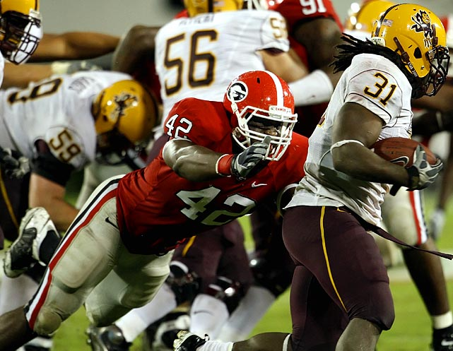 The heart of the Bulldogs' 3-4 defense, in which he is a hybrid lineman-linebacker, Houston had 7.5 sacks and 18 QB hurries in 2009.