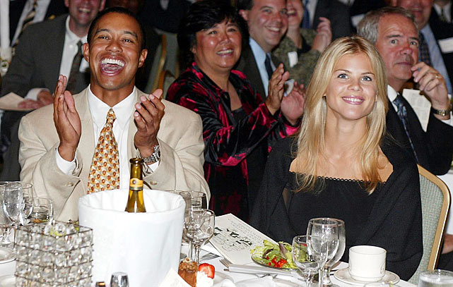 Elin with Tiger at the Golf Writers Association of America Awards dinner in April 2002.