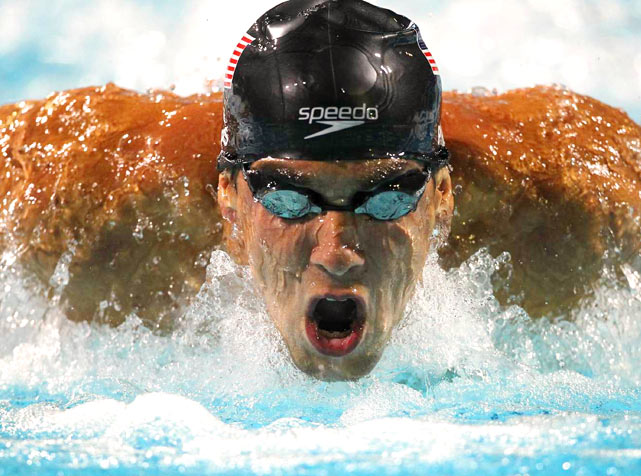 Michael Phelps on his way to winning the 200-meter butterfly during the Pan Pacific Championships on Aug. 18 in Irvine, Calif.