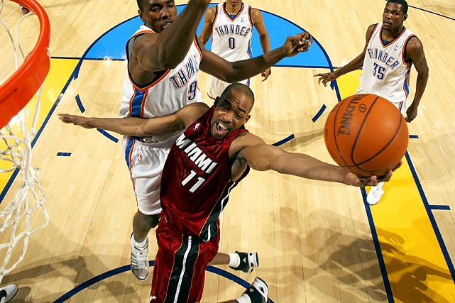 Two years ago, Rafer Alston started in the NBA Finals for the Magic against the Lakers. He left the Heat near the end of last season after losing his starting job and later revealed that his departure stemmed from a family issue. The 34-year-old playground legend has started games for seven NBA teams: Milwaukee, Toronto, Miami, Houston, Orlando, New Jersey and Miami. Other veteran point guards without a team include Anthony Johnson, Earl Boykins and Jamaal Tinsley.