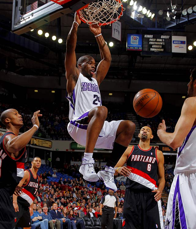 In three years, 2007 second-round pick Carl Landry has gone from a seldom-used reserve to an efficient inside scorer who averaged 16.9 points on 53.7 percent shooting last season with the Rockets and Kings. The 6-9, 248-pound Landry doesn't rebound well for his size, but his offensive ability will attract plenty of interest next summer.