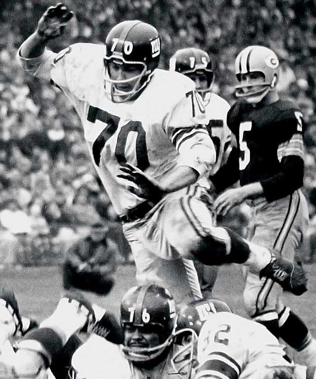 """Time Magazine once described Huff, who starred at linebacker for the Giants in the `50s, as a """"smiling fighter fired with a devout desire to sink a thick shoulder into every ball carrier in the National Football League."""" He played in six title games and five Pro Bowls.    Runner-up: Art Donovan  Worthy of consideration: Leon Gray, Henry Lawrence, Jim Marshall, Ernie Stautner, Bob Whitfield, Rayfield Wright, Al Wistert"""