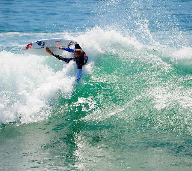 Nine-time world champ Kelly Slater lost to Brett Simpson in the semis.