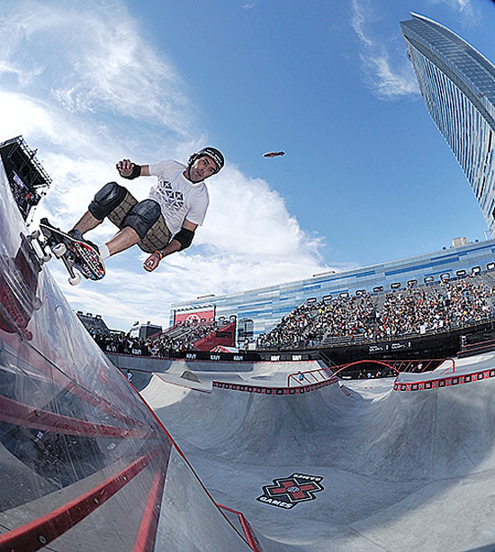 Here in the park competition, 36-year-old Andy MacDonald also competed in the vert, street and big air events.