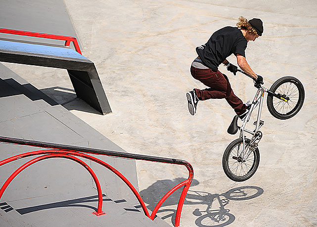 Dennis Enarson won the silver medal in the BMX street competition.